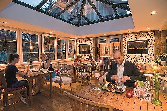 restaurant cafe biergarten wolfratshausen. Black Bedroom Furniture Sets. Home Design Ideas
